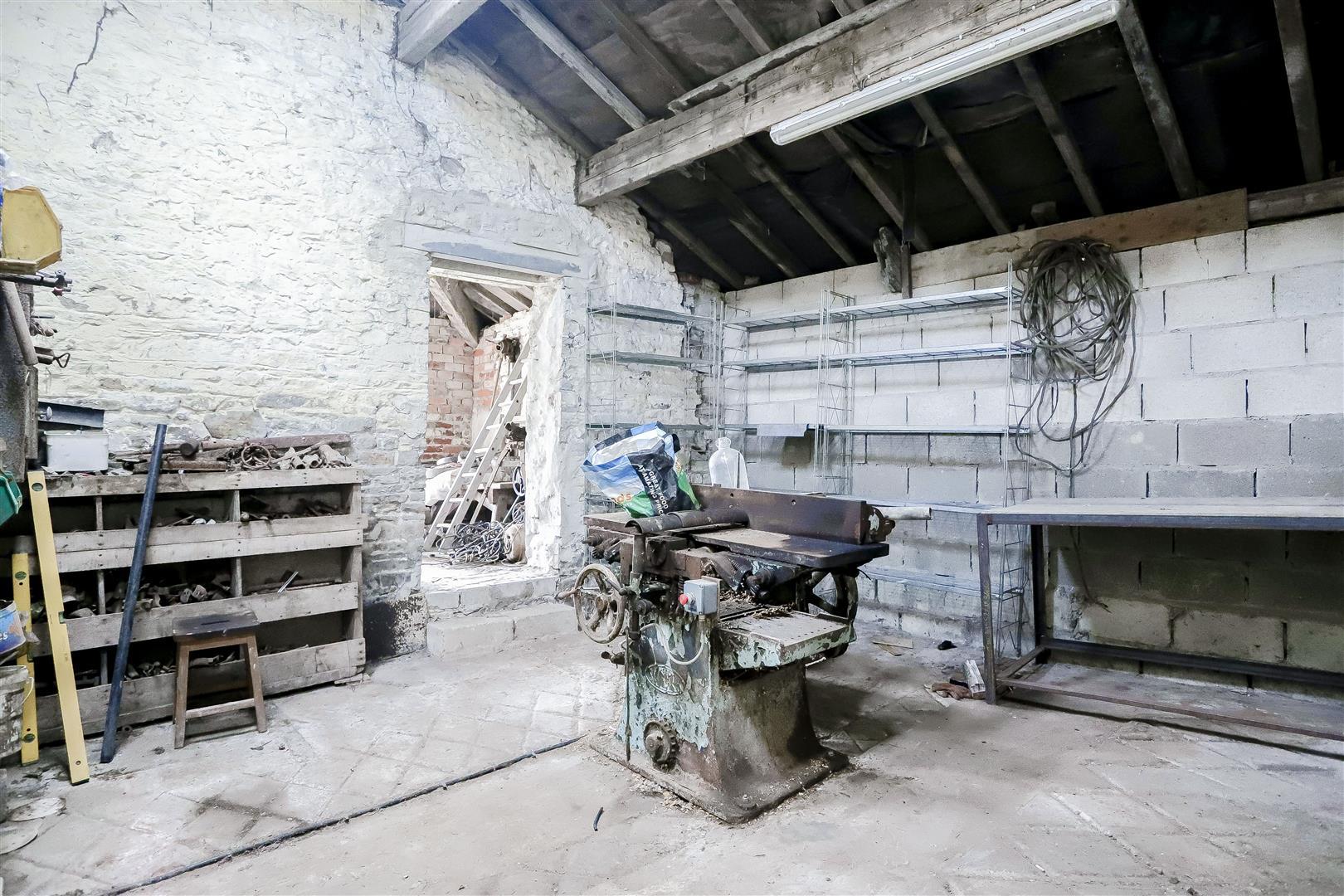 2 Bedroom Barn Conversion For Sale - IMG_2394.jpg